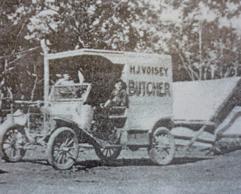 Voisey's butcher's van c 1920s (Courtesy Vi Hall)