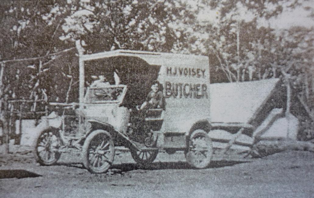 Voisey's butcher's van c 1920s (Courtesy Vi Hall)
